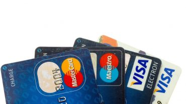 An Epic Guide to Business Credit Cards, Charge Cards, & Lines of Credit - LendGenius